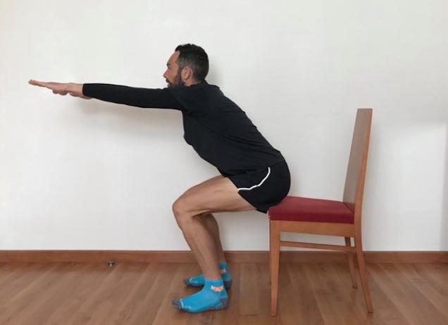 Squats avec une chaise