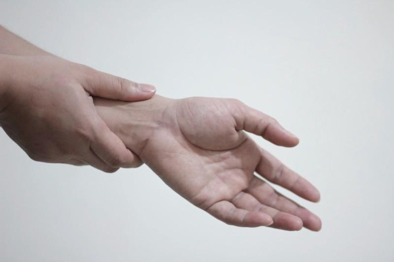exercices pour la tendinite du poignet