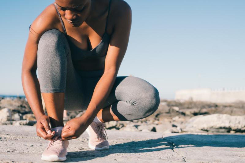 Femme pratiquant le sport pour maigrir