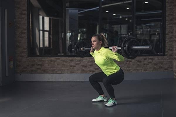Exercice de musculation : les squats
